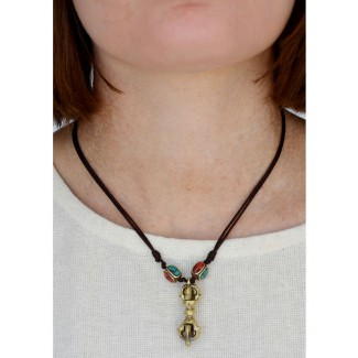 Wikinger Halskette Karke mit Talisman Dorje aus Messing in Goldgelb Rückansicht