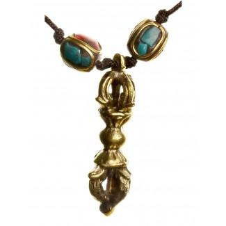 Wikinger Halskette Karke mit Talisman Dorje aus Messing in Goldgelb Detailansicht