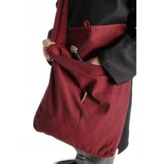 Mittelalter Tasche Wieland in Rot Detailansicht