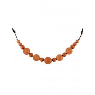 Mittelalter Halskette Angaras aus Sandelholz in Beige Detailansicht