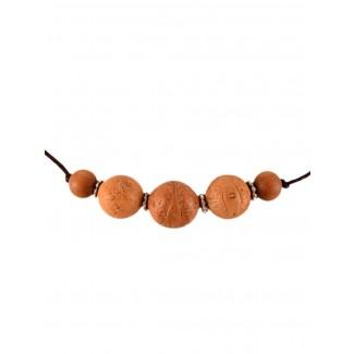 Mittelalter Halskette Kardas aus Bodhisamen in Beige Detailansicht