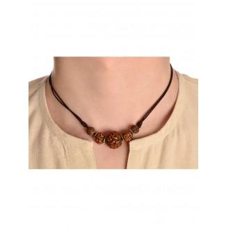 Mittelalter Halskette Roaz aus Rudrakshasamen in Beige Frontansicht 2