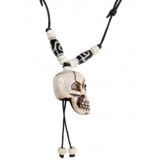Piraten Halskette Iwert (Totenkopf) aus Resin in Beige Seitenansicht